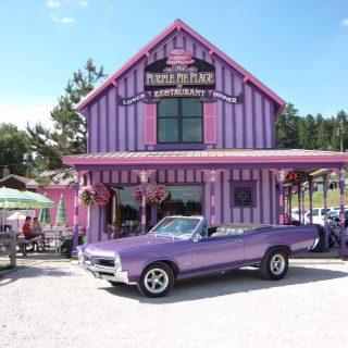 Ice cream and pie shop, South Dakota