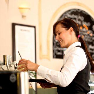 Restaurant staff in Washinghton